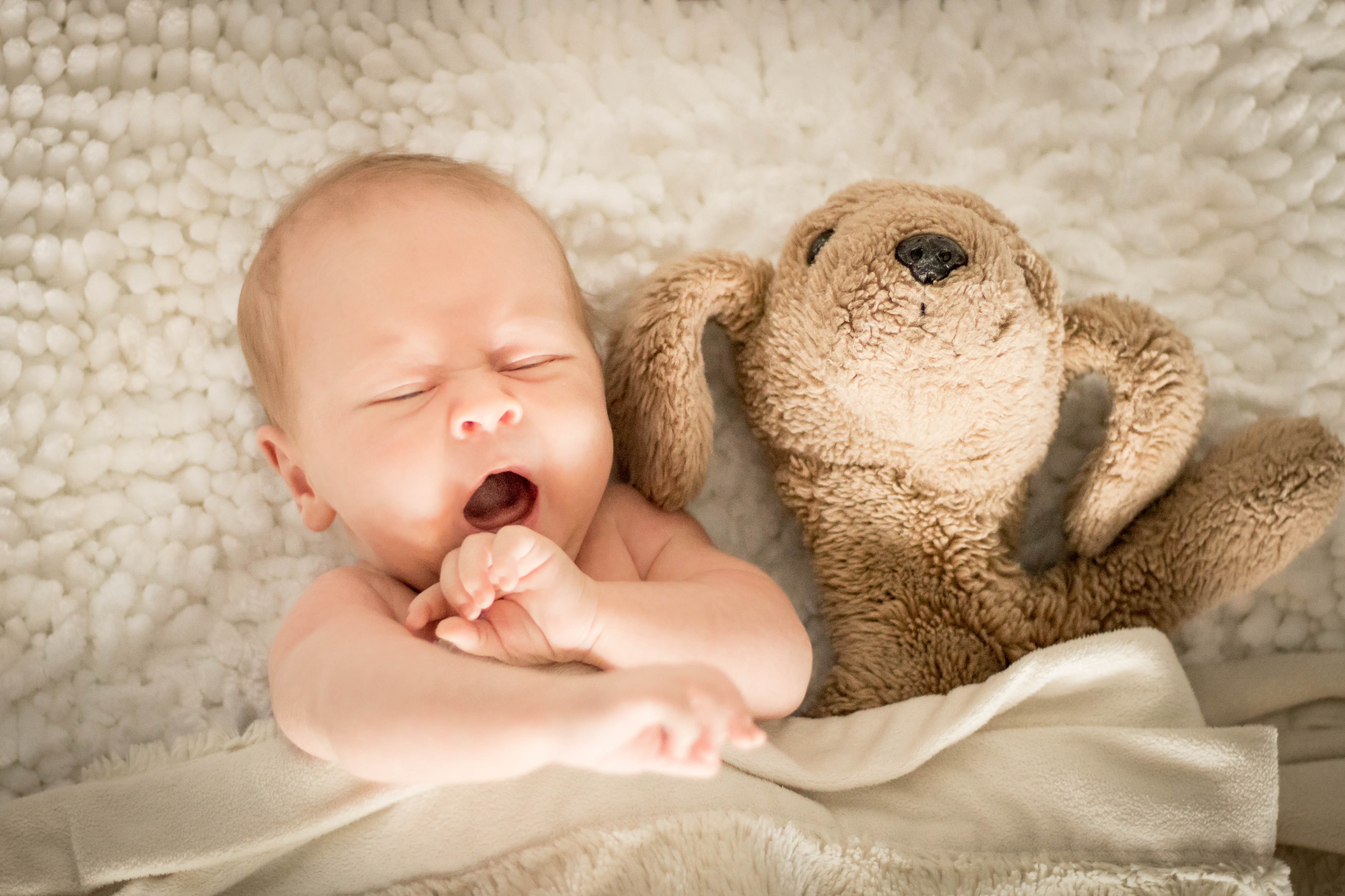 Newborn Shoot by JeJe Design