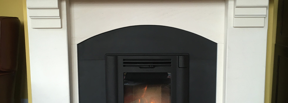 Contura i4 traditional stove and new slate / limestone fireplace