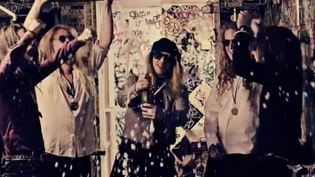 Shiraz Lane have released an official music video for 'The Crown'
