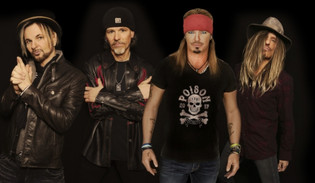 POISON Will Return In 2020 'With Some New Songs'