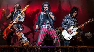 ALICE COOPER Announce 2020 Tour Dates With LITA FORD