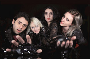 SYTERIA (feat Girlschool's Jackie Chambers) release video for 'Make Some Noise'