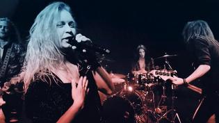 "Shiraz Lane release ""Do You"" video: new EP due January 2020"