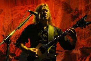 Former MEGADETH Guitarist GLEN DROVER Joined By QUEENSRŸCHE, TESTAMENT, Ex-JUDAS PRIEST Members On W