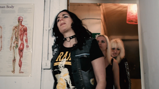 SYTERIA (feat. Girlschool's Jackie Chambers) release video for 'Gossips'