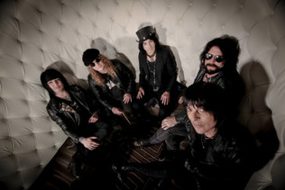 L.A. GUNS release new single 'Stay Away' from upcoming album 'The Devil You Know'