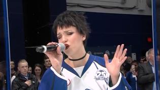 HALESTORMfrontwomanLzzy Haleperforms national anthem