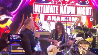 DAVID LEE ROTH's 'Eat 'Em And Smile' Solo Band Reunite At 'Ultimate NAMM Night&#