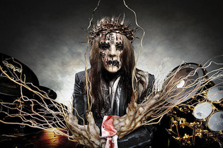 Joey Jordison, a founder of the heavy metal band Slipknot has passed away at age 46