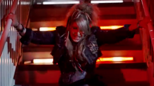 Former VIXEN Singer JANET GARDNER Releases 'Your Place In The Sun' Video