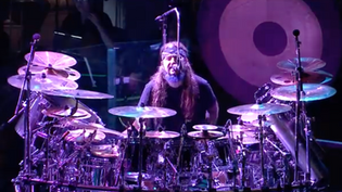 Sons Of Apollo 'Comfortably Numb' Live with The Plovdiv Psychotic Symphony