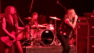 DANGEROUS TOYS perform new song 'Hold Your Horses' at Rocklanta