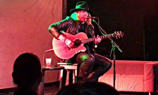 DON DOKKEN Performs Acoustically At 'A Nightmare On Elm Street 3: Dream Warriors' 30th-Anniv