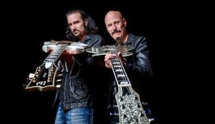 Bruce Kulick & Bob Kulick Perform live on the Kiss Kruise VII (Video)