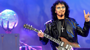 BLACK SABBATHguitaristTony Iommi is gearing up to write new solo material