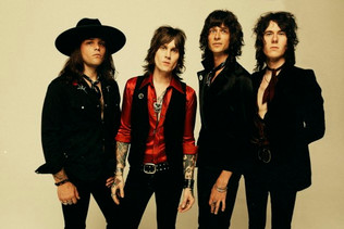 TUK SMITH & THE RESTLESS HEARTS Added To 'The Stadium Tour' Featuring MÖTLEY CRÜE, DEF L