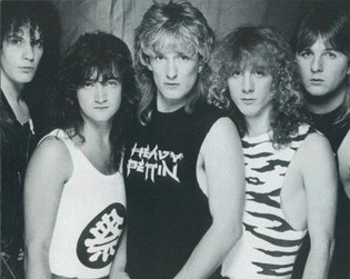 HEAVY PETTIN to release reissues ofof first three albums on November 29th
