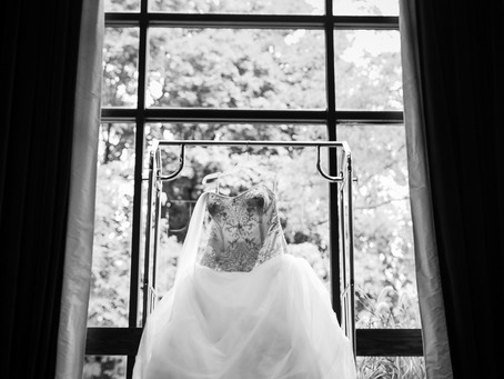 How Many Hours Should I Hire a Wedding Photographer for? | Love Photos | Oshawa Wedding Photographer