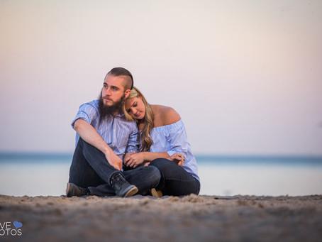 Durham Region Beach Engagement | Holly & Mike | Love Photos | Durham Region Wedding Photographer