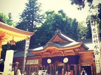 穂高神社にて奉納演奏。