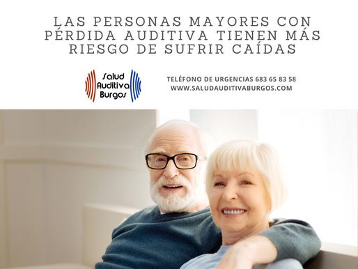 Las personas mayores con pérdida auditiva tienen más riesgo de sufrir caídas