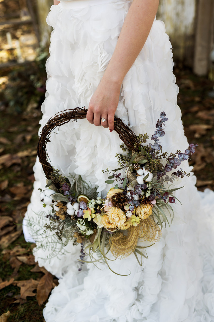 Rustic Grapevine Hoop Bouquet