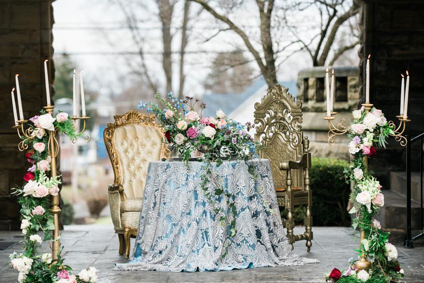 Regal Sweetheart Table Flowers
