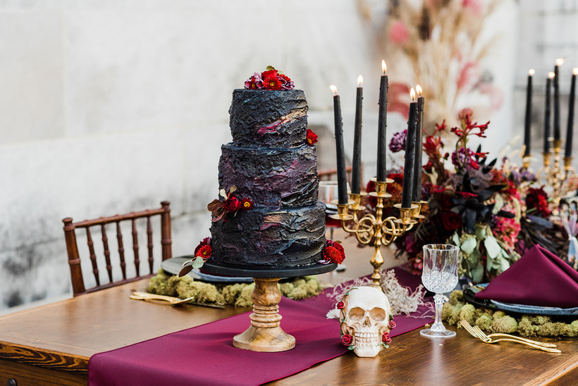 Gothic Cake flowers