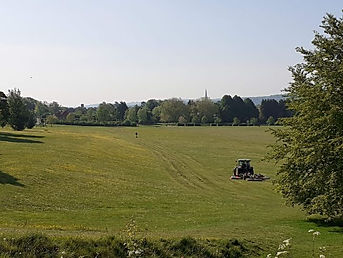 Hudsons field and tractor (1).jpg