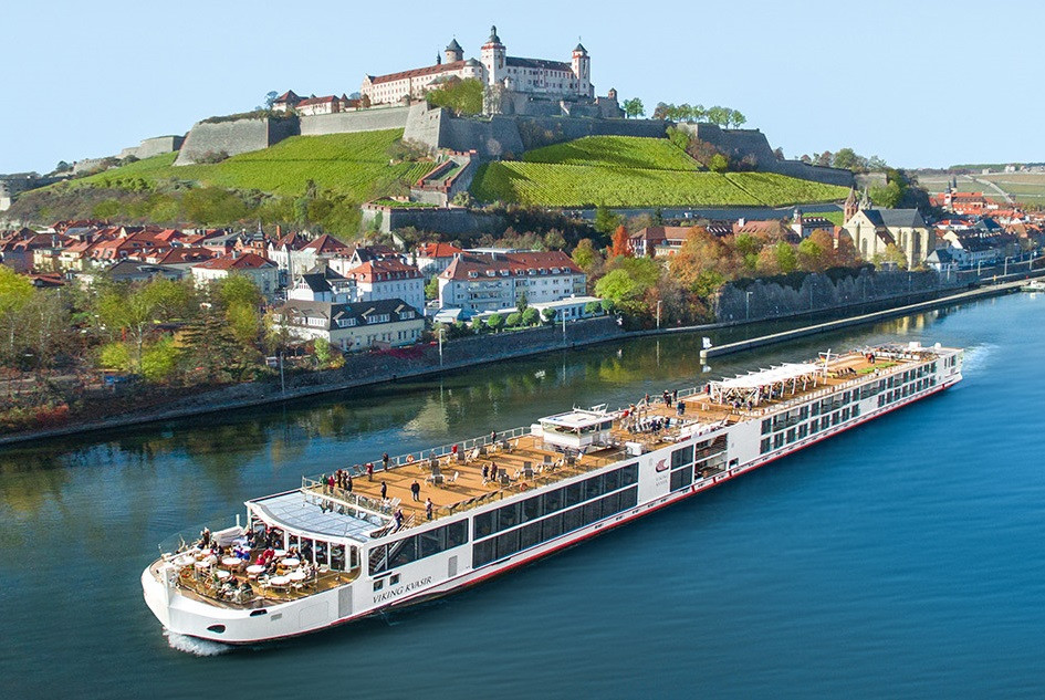 Give the gift of a river cruise this holiday!