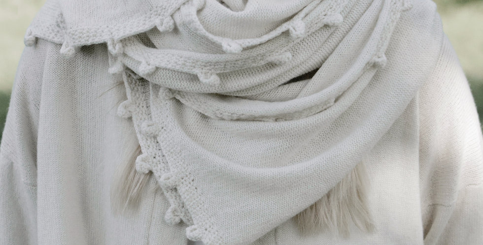Oversize Cashmere Scarf Wrap in Natural White