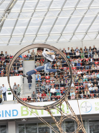 Todesrad; extremer Show Act mit Freddy Nock