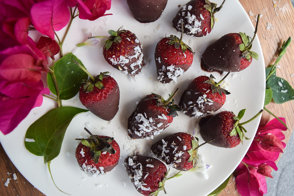 4 ingredient, vegan chocolate covered strawberries! Feel good about indulging in this sweet snack! It's so simple to make, and of course delicious to eat! Always make sure to buy organic strawberries to avoid pesticides and chemicals. Tip: the biggest and brightest strawberries aren't always the ones you want to eat - choose organic!