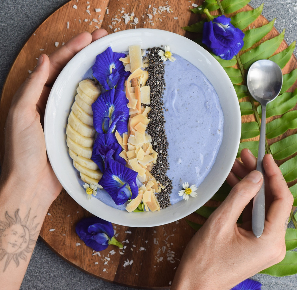 Eat the rainbow! This blue smoothy bowl is comprised of natural and wholesome ingredients. Infuse your coconut milk with butterfly pea flowers for the vibrant blue color! Not only does this smoothie bowl taste amazing, but it up-lifts your energy frequency and overall health. Get your spoon ready - magic in the making!...
