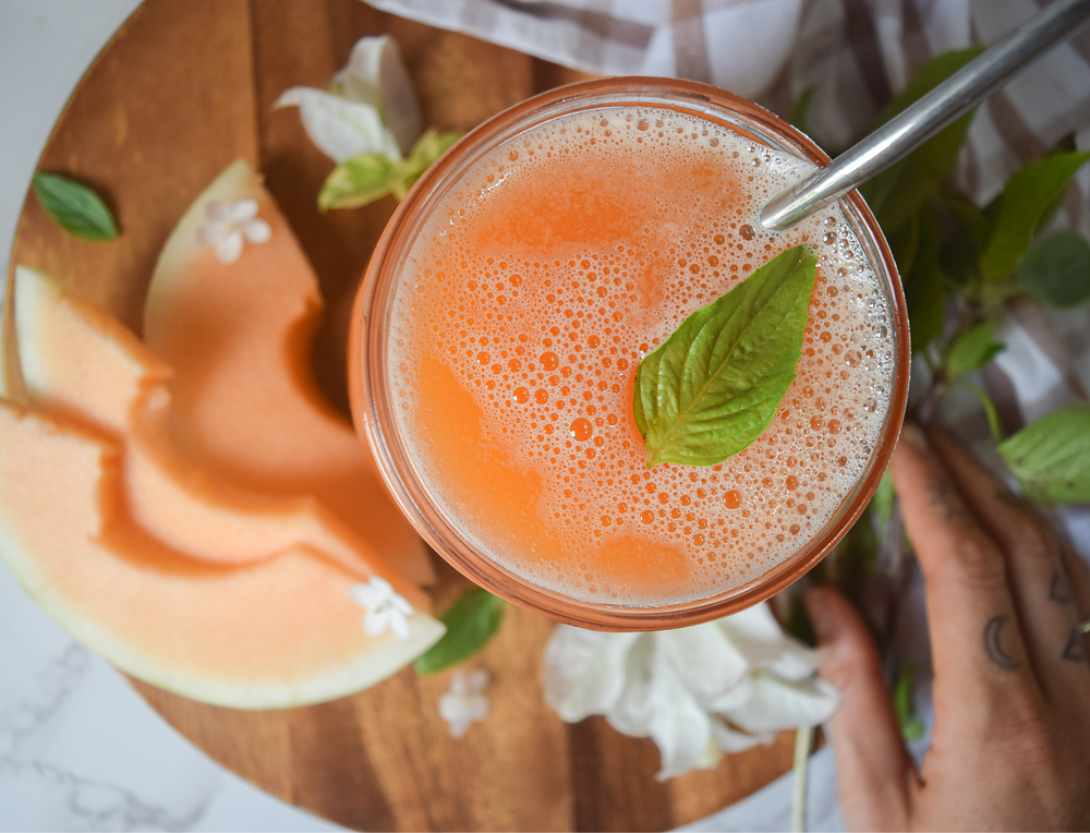 Love your morning coffee or chocolatey mocha? This melon juice, pure and simple, tastes just like mocha! With the pick of a ripe and fresh melon your morning routines will be fresh and fully fueled. Drinking a juice first thing in the morning keeps the digestive system turned off (hence longer 'fasting' period), giving the body more time for healing and processing. This juice is light, uplifting, sweet and oh-so-good!