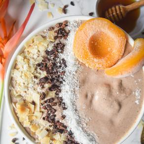 Peach & Cacao Smoothie Bowl