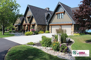 Front Yard Cover Cobble Design Driveway