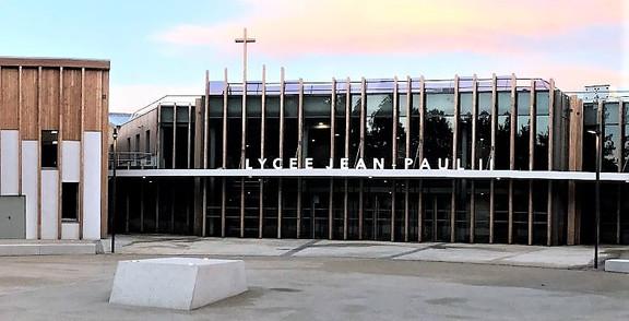 lycée-Jean-Paul-2-compiègne- (3).jpg