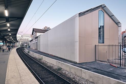 Gare-Becon-Courbevoie-SNCF (5).jpg