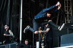 Sleeping with Sirens 1