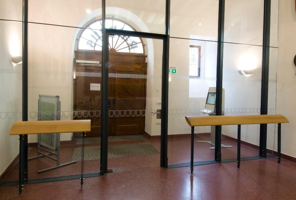 Entrée Rathaus 9