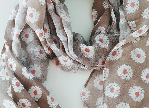 Light latté and daisy scarf