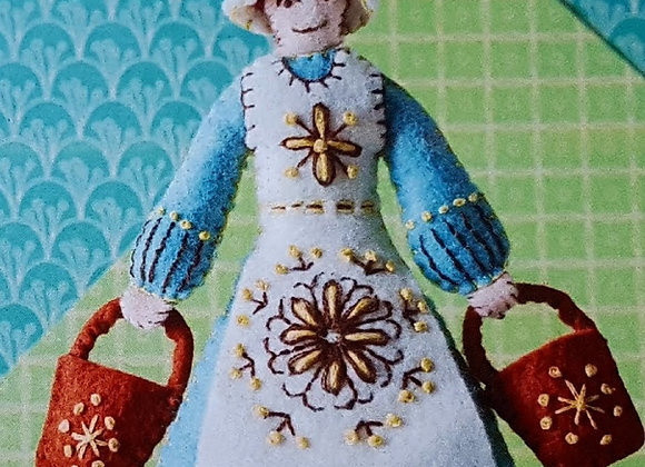 Maids a milking sewing kit decoration