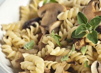 Saisonale Pasta mit Sauce