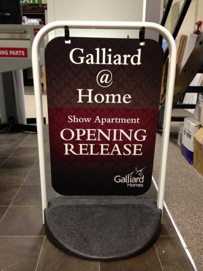 Galliard swing sign