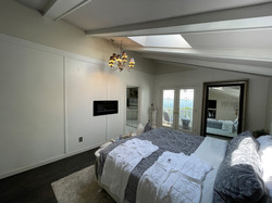 Grand Tower View Jr. Suite
