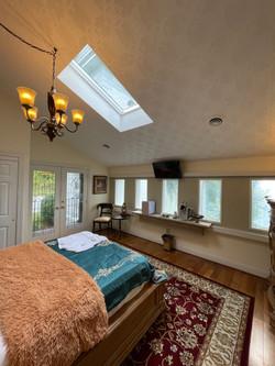Carradine View Room