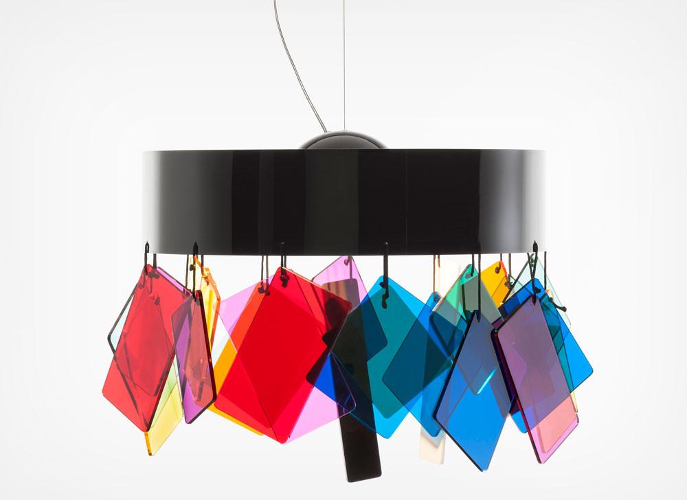 מנורה של אטורה סוטסאס ל''קארטל''.jpg