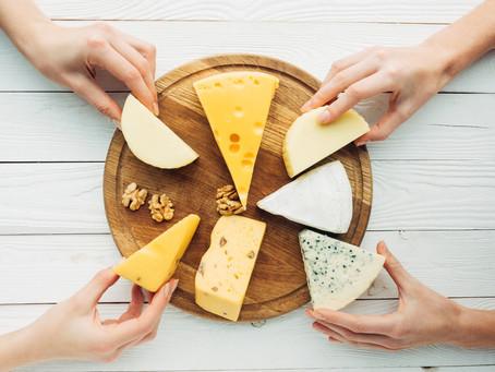 Conheça os principais tipos de queijos