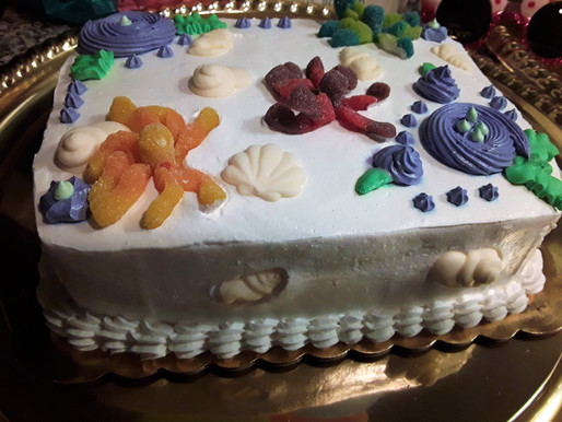 Mermaid Party food & drinks/(DIY) How to make a mermaid cake | Virtual Parties | Wilmington, NC